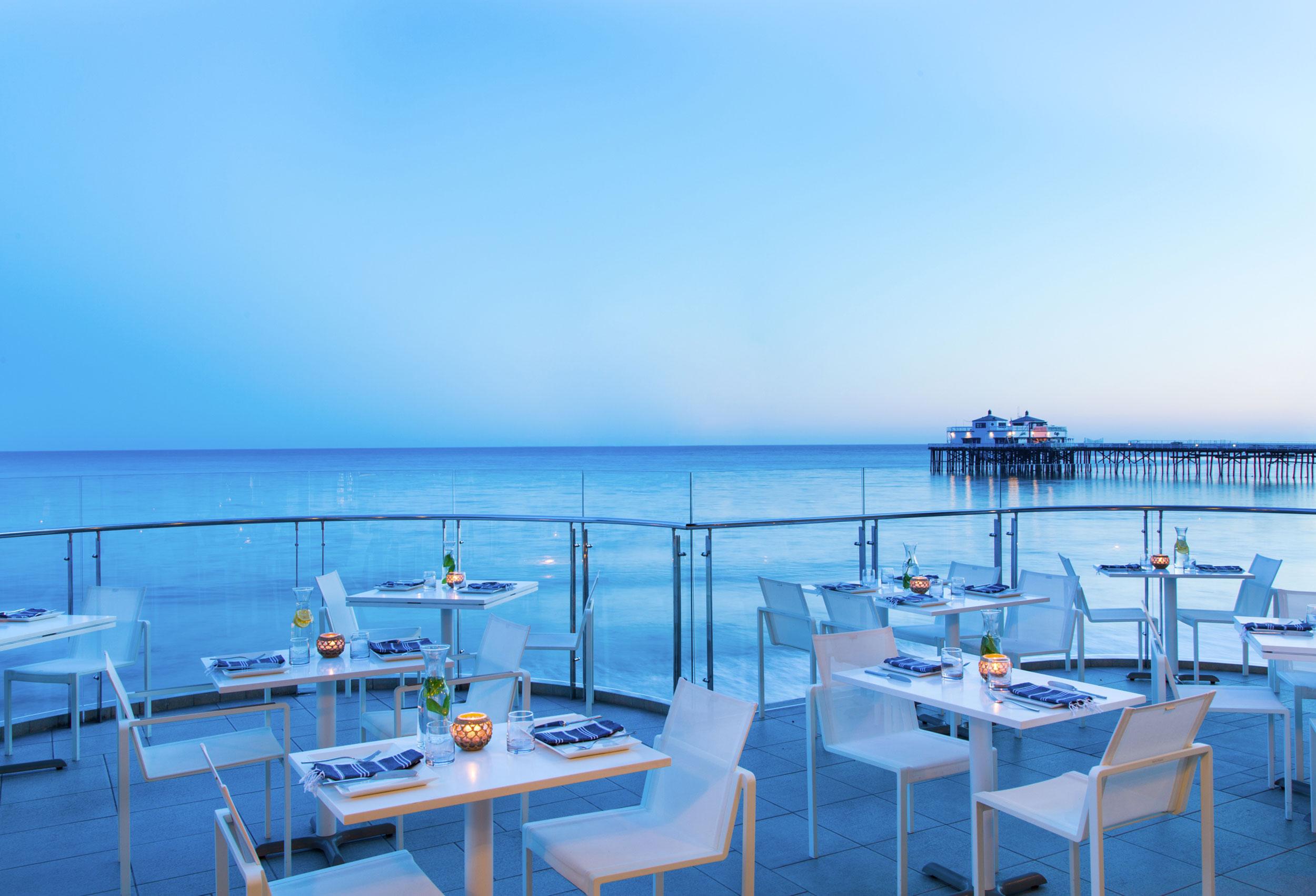 Malibu Beach Inn (Terrace)